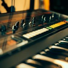 Vintage Synths - Roland Jupiter 8