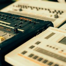 Vintage Drum Machines - Roland TR-606, TR-707, TR-727, TR-808, TR-909